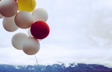 气球与远山